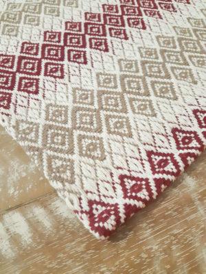 Tapete Cristal Marrom Claro e Bordô Volpe Têxtil