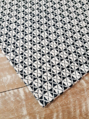 Tapete Volpe Têxtil Asteca preto